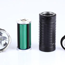 What kind of the types of LED flashlight batteries