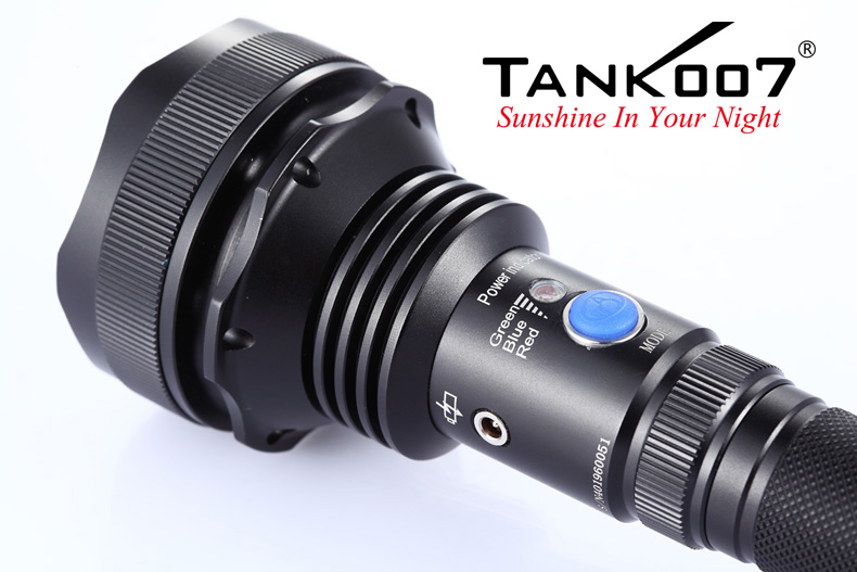 TC60 Rechargeable Flashlight max 1000 lumen tank007