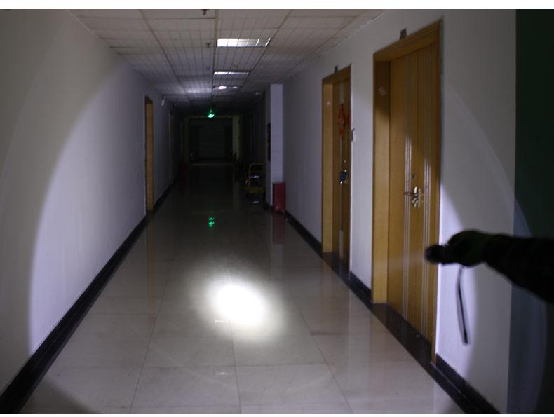 UC17 USB Rechargeable Flashlight