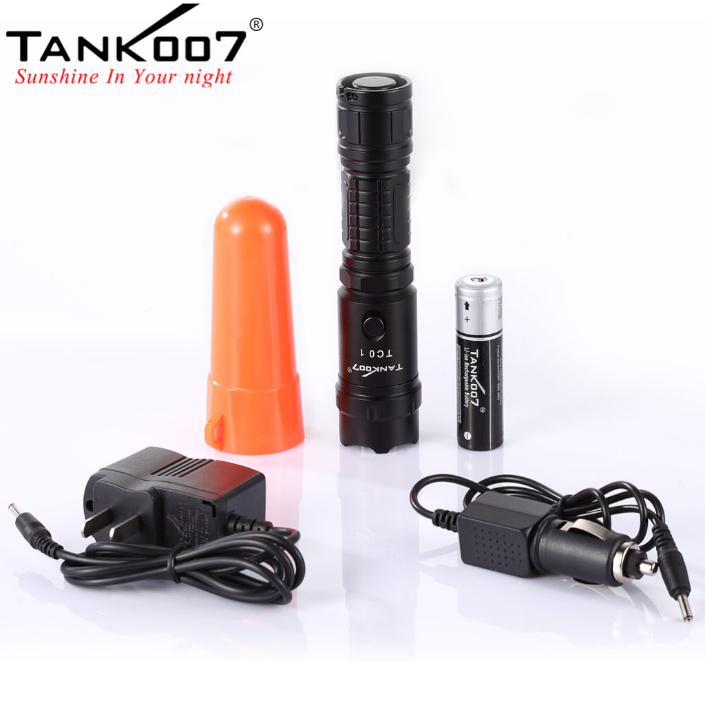 TC01 Tactical Flashlight CREE XM-L U2 Max 800 Lumen (10)